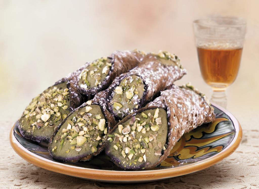 cannoli-crema-pistacchio